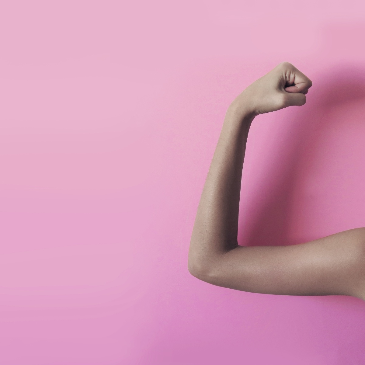 strong-feminist-woman_t20_yRNk8x-1